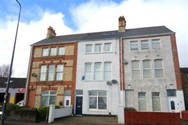 Estate Agents in Penarth Sales : Acj Properties : 5 Bedroom Terraced House : Churchill Terrace, Barry : £195,000 : Click here for more details on this property