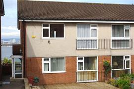 Estate Agents in Penarth Sales : Acj Properties : 2 Bedroom Property : Vista Court, Northcliffe Drive, Penarth : £199,950 : Click here for more details on this property