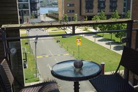 Estate Agents in Penarth Sales : Acj Properties : 2 Bedroom Apartment : Kilcredaun House, Prospect Place, Cardiff Bay : £164,950 : Click here for more details on this property