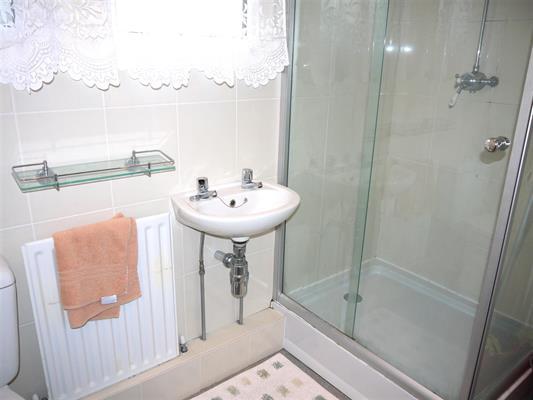 shower room1.jpg