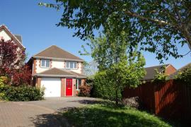 Estate Agents in Penarth Sales : Acj Properties : 3 Bedroom Detached House : Corn Glas, Pencoedtre, Barry : £245,000 : Click here for more details on this property