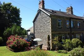 Estate Agents in Penarth Sales : Acj Properties : 2 Bedroom Property : Taff Cottages, Cog Road, Sully : £265,000 : Click here for more details on this property