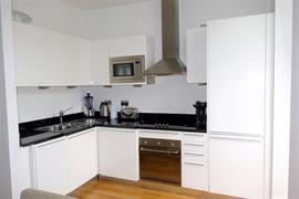 Estate Agents in Penarth Sales : Acj Properties : 1 Bedroom Apartment : Woodlands, Hayes Point, Sully : £99,950 : Click here for more details on this property