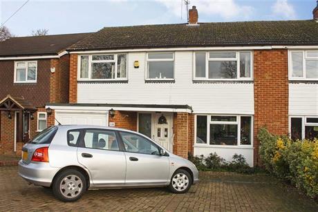Estate Agents in Maidenhead : Waterman & Company : 4 Bedroom Semi-Detached House : Westmead, Maidenhead, Berkshire : £565,000