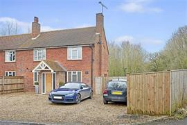 Estate Agents in Maidenhead : Waterman & Company : 2 Bedroom Semi-Detached House : Meadow View, Hurley, Berkshire : £639,950 : Click here for more details on this property