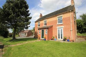 Estate Agents in Ludlow : Cobb Amos : 4 Bedroom Property : Dhustone Lane, Clee Hill, Shropshire : Offers in the Region of £525,000