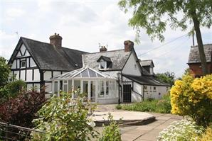 Estate Agents in Hereford : Cobb Amos : 5 Bedroom Property : BREINTON, Breinton Hereford, Hereford : £650,000