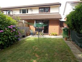 Estate Agents in Penarth Sales : Acj Properties : 1 Bedroom Property : Heath Mead, Cardiff : £150,000 : Click here for more details on this property