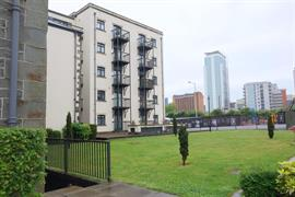 Estate Agents in Penarth Sales : Acj Properties : 2 Bedroom Apartment : Lloyd George Avenue, Cardiff : £266,750 : Click here for more details on this property