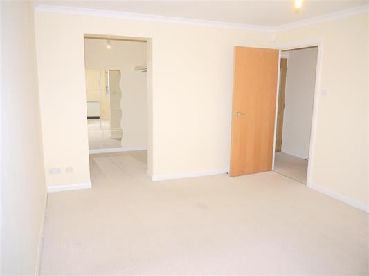 new bedroom one1.jpg