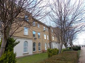 Estate Agents in Penarth Sales : Acj Properties : 1 Bedroom Apartment : Richmond House, Llwyn Passat, Penarth Marina : £149,950 : Click here for more details on this property