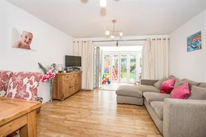 Estate Agents in Chalfont St Peter : Place Estate Agents : 3 Bedroom Property : Alastair Mews, Beaconsfield, HP9 : Offers in Excess of £550,000 : Click here for more details on this property