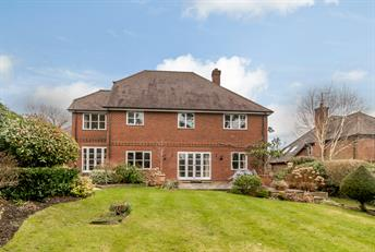 Estate Agents in Chalfont St Peter : Place Estate Agents : 5 Bedroom Detached House : School Lane, Chalfont St Giles, HP8 : Offers Over £1,400,000