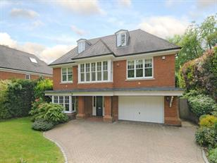 Estate Agents in Chalfont St Peter : Place Estate Agents : 6 Bedroom Detached House : School Lane, Seer Green, Beaconsfield, HP9 : £5,500 pcm
