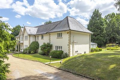 Wentworth Drive Wentworth Virginia Water, GU25 4NY