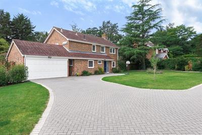 Oak Tree Drive, Englefield Green, Surrey, TW20 0NR