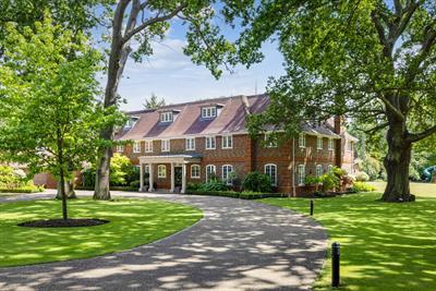 Woodlands Rd East, Wentworth Estate