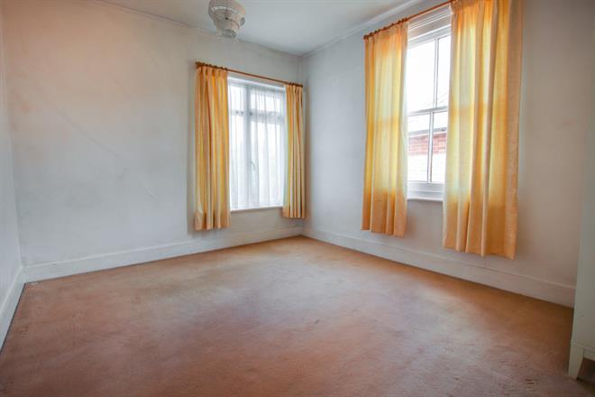 Ground floor Bedroom/Lounge