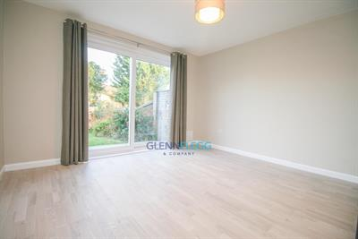 Luxury 2 Bedroom Maisonette in Slough