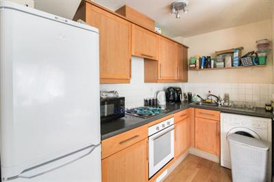 Open & Operating As Normal - Langley - Freehold 2 Bedroom End Of Terrace