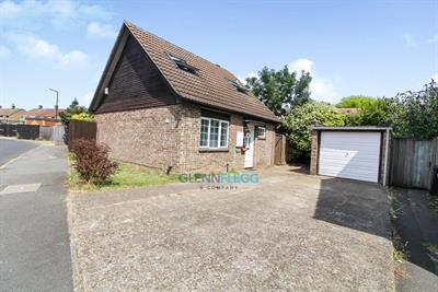 Detached Bungalow - Pristine Condition - Three Double Bedrooms