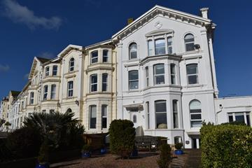 Morton Crescent , Exmouth
