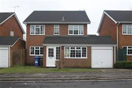 Estate Agents in Maidenhead : Waterman & Company : 4 Bedroom House : Norden Close, Maidenhead, Berkshire, SL6 : £1,650 pcm : Click here for more details on this property