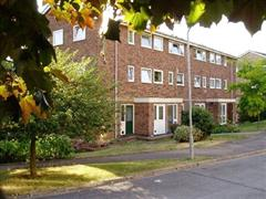 Estate Agents in Maidenhead : Waterman & Company : 3 Bedroom Flat : Wootton Way, Maidenhead, Berkshire, SL6 : £1,100 pcm : Click here for more details on this property