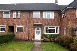 Estate Agents in Maidenhead : Waterman & Company : 3 Bedroom House : Finch Court, Maidenhead, Berkshire, SL6 : £1,350 pcm : Click here for more details on this property
