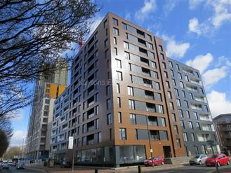 Estate Agents in Manchester : Kaytons : 2 Bedroom Apartment : X1 The Exchange, 8 Elmira Way, Salford Quays : £185,000 : Click here for more details on this property