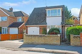 Estate Agents in Maidenhead : Waterman & Company : 4 Bedroom Detached House : Highway Road, Maidenhead, Berkshire : £525,000 : Click here for more details on this property