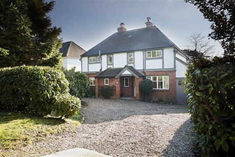 Estate Agents in Maidenhead : Waterman & Company : 4 Bedroom Detached House : Belmont Park Road, Maidenhead, Berkshire : Guide Price £965,000
