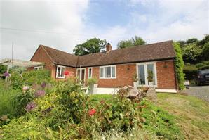 Estate Agents in Leominster : Cobb Amos : 4 Bedroom Property : STOKE PRIOR, Leominster, Herefordshire : Offers Over £600,000