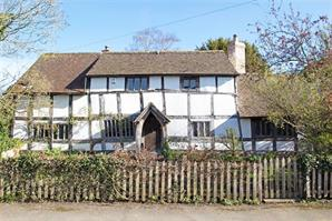 Estate Agents in Leominster : Cobb Amos : 4 Bedroom Detached House : EARDISLAND, Leominster : Offers in the Region of £525,000