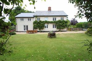 Estate Agents in Knighton : Cobb Amos : 5 Bedroom Detached House : Byton, BYTON, Presteigne, North West Herefordshire : £675,000