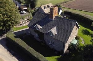 Estate Agents in Hereford : Cobb Amos : 3 Bedroom Detached House : Woodseaves, EARDISLEY, Herefordshire : £525,000