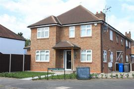 Estate Agents in Maidenhead : Waterman & Company (Vebra Import) : 3 Bedroom Property : Alwyn Road, Maidenhead : £475,000 : Click here for more details on this property
