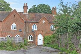 Estate Agents in Maidenhead : Waterman & Company (Vebra Import) : 2 Bedroom Terraced House : East Cottages, Old Bath Road, Littlewick Green : £330,000 : Click here for more details on this property