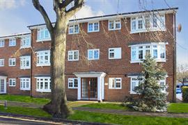 Estate Agents in Maidenhead : Waterman & Company (Vebra Import) : 2 Bedroom Apartment : Winbury Court, Maidenhead : £300,000 : Click here for more details on this property