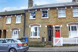 Estate Agents in Maidenhead : Waterman & Company (Vebra Import) : 2 Bedroom Terraced House : High Town Road, Maidenhead : £475,000 : Click here for more details on this property