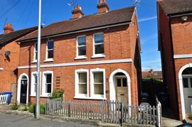 Estate Agents in Maidenhead : Waterman & Company (Vebra Import) : 3 Bedroom Semi-Detached House : College Rise, Maidenhead : £500,000 : Click here for more details on this property