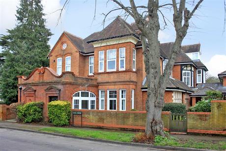 Estate Agents in Maidenhead : Waterman & Company (Vebra Import) : 1 Bedroom Property : East Road, Maidenhead : £110,000