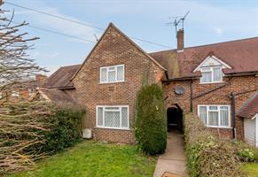 Estate Agents in Chalfont St Peter : Place Estate Agents : 2 Bedroom Terraced House : Narcot Road, Chalfont St Giles, HP8 : Guide Price £400,000 : Click here for more details on this property