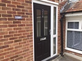Estate Agents in Chalfont St Peter : Place Estate Agents : 3 Bedroom Flat : Packhorse Road, Gerrards Cross, SL9 : £1,400 pcm : Click here for more details on this property