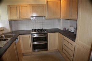 Estate Agents in Chalfont St Peter : Place Estate Agents : 2 Bedroom Flat : Colwyn, London, SE1 : £2,100 pcm : Click here for more details on this property