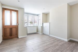 Estate Agents in Chalfont St Peter : Place Estate Agents : 2 Bedroom Semi-Detached House : Orchard Road, Seer Green, Beaconsfield, HP9 : £1,500 pcm : Click here for more details on this property