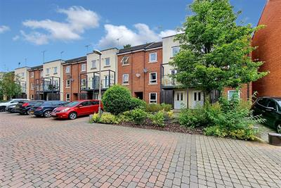 Tadros Court, High Wycombe