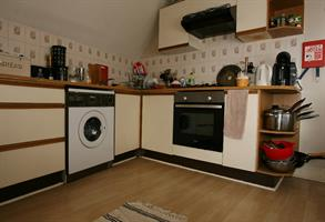 Estate Agents in Cardiff : 4 Let : 2 Bedroom Flat Share : Albany Road, Cathays, Cardiff : £700 pcm : Click here for more details on this property