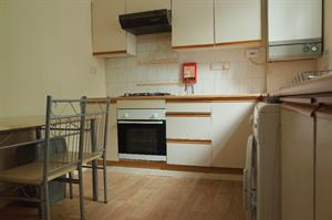 Estate Agents in Cardiff : 4 Let : 1 Bedroom Flat : Roath, Cardiff : £640 pcm : Click here for more details on this property