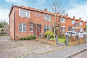 PRICED TO SELL....59 Vegal Crescent ,Englefield Green, TW20 0PZ
